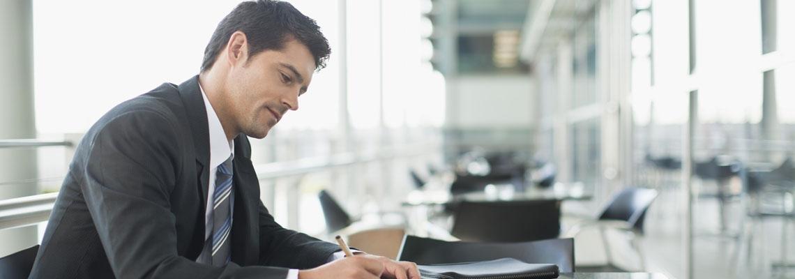 Liderar negocios ya no tiene fronteras - Global Executive Laureate MBA On Line